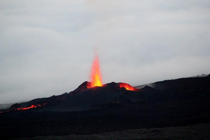 eruption-volcan-ile-reunion-004