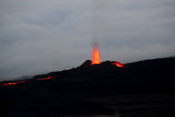 eruption-volcan-ile-reunion-005