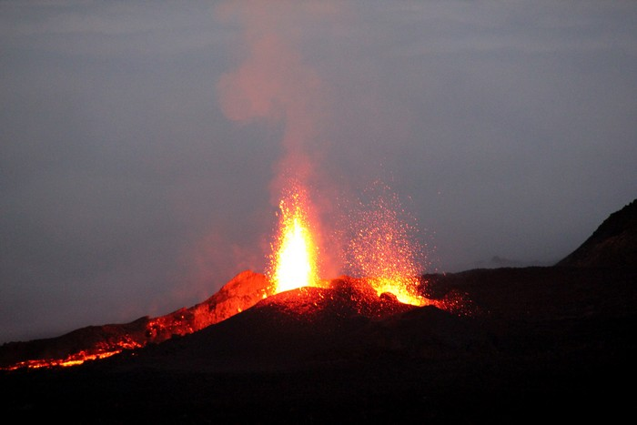 eruption-volcan-ile-reunion-007
