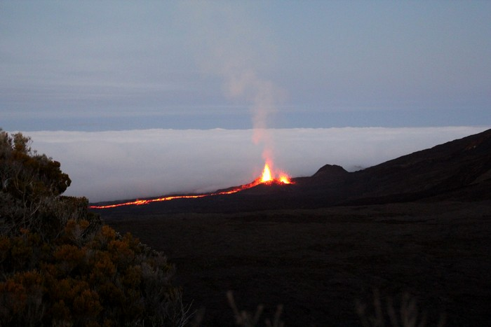 eruption-volcan-ile-reunion-008
