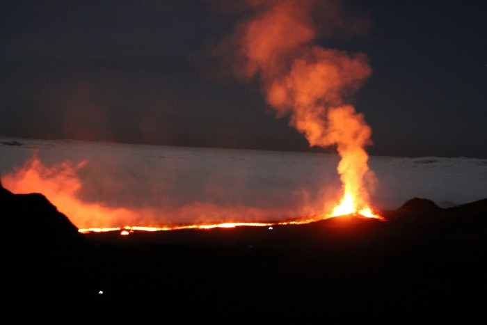 eruption-volcan-ile-reunion-015