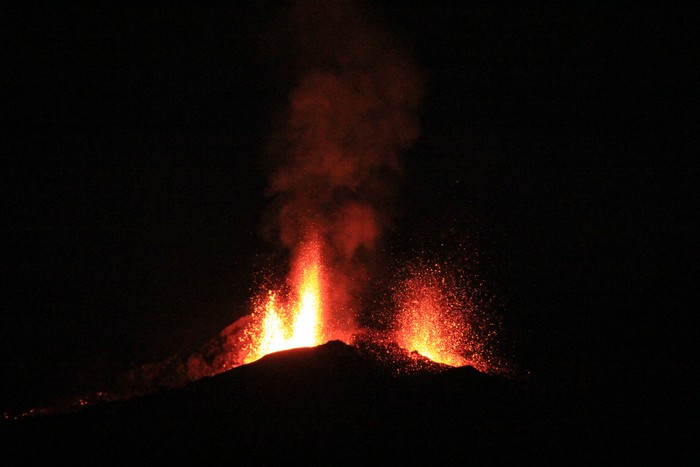 eruption-volcan-ile-reunion-019